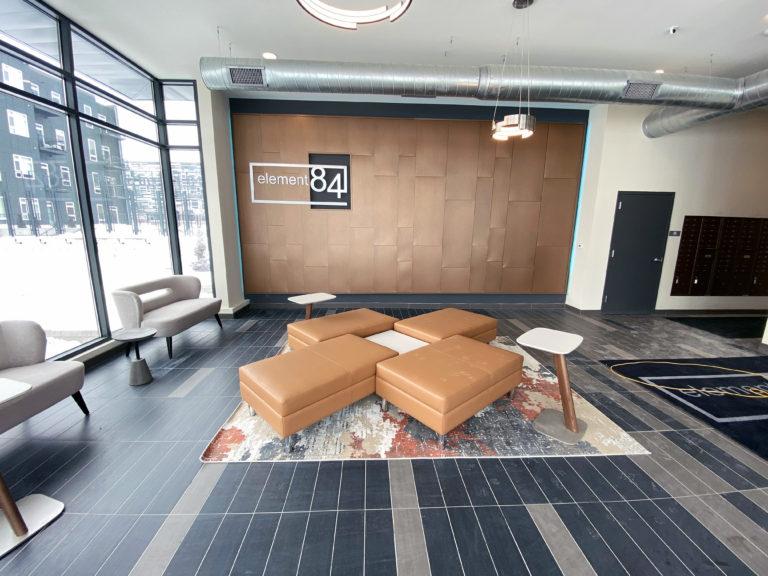 9 E84 Lobby